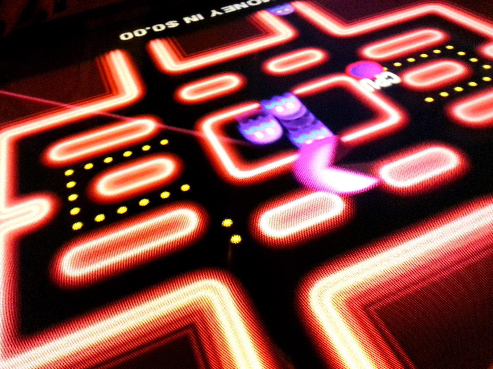 user science journal blog header image of vintage pacman game